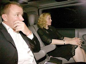Мадонна разведется с мужем после мирового турне