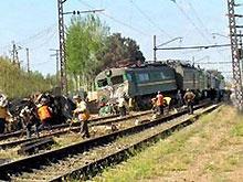На Черниговщине поезд столкнулся с ВАЗом. Пять человек погибли