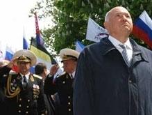 Горсовет Севастополя просит СБУ и МИД реабилитировать Лужкова