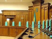 КС признал конституционным императивный мандат для местных советов