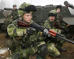 Ющенко просит Раду допустить в Украину иностранных военных для международных учений