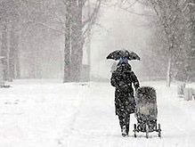 На Польшу обрушился снегопад: целый город остался без электричества
