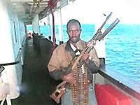 МИД Украины: с членами экипажа захваченного пиратами французского судна обращаются хорошо