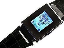 Появился первый часофон с Windows