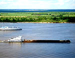 На Дунае в устье Быстрое село на мель украинское судно с металлопрокатом
