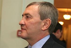 Черновецкий хочет должность премьер-министра