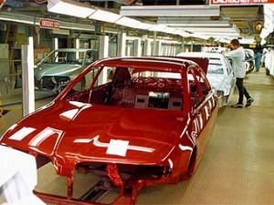 Mitsubishi Motors уволит 2000 человек в Японии