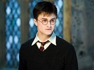 Гарри Поттер предложил дочерям Обамы тур по Хогвартсу