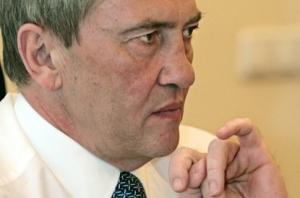 Черновецкий обещает до весны погасить долги перед медиками и учителями