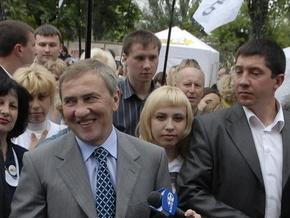 Черновецкий дал задание бабушкам: доносить на соседей