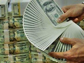 На межбанке доллар теряет позиции