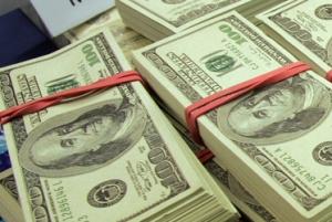 Торги на межбанковском валютном рынке проходят в диапазоне 8,105-8,175 грн/долл.