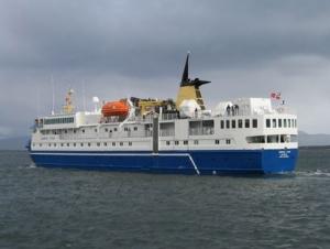В Антарктиде сняли с севшего на мель лайнера всех пассажиров. В том числе и украинцев