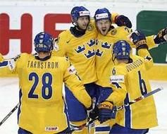 Швеция и Финляндия стали победителями групп на ЧМ по хоккею