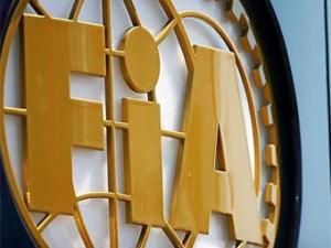"""FIA отменила дозаправки в """"Формуле-1"""""""