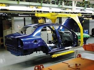 Производство автомобилей в Украине снизилось в десять раз