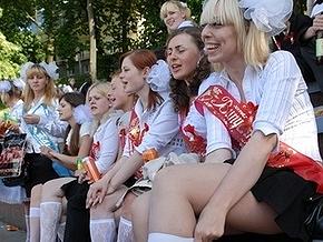 В Украине последний звонок прозвучит для 704 тысяч выпускников
