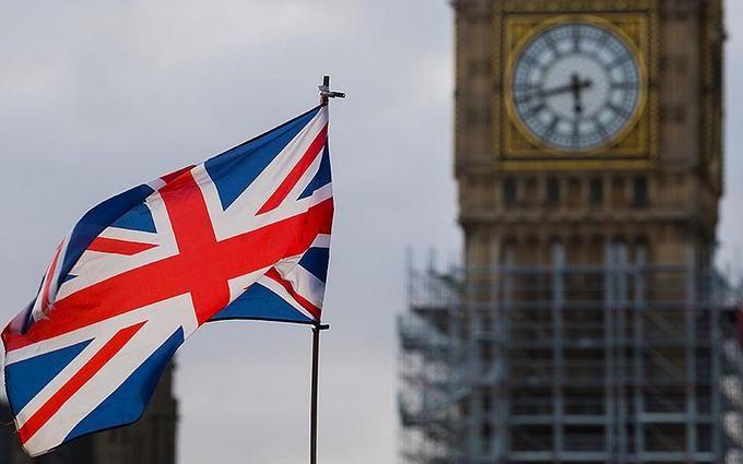 Велика Британія готує жорсткі санкції проти російських олігархів