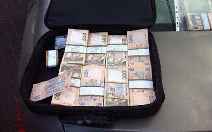 В Одесі на хабарі спійманий високопоставлений чиновник: з'явилися фото
