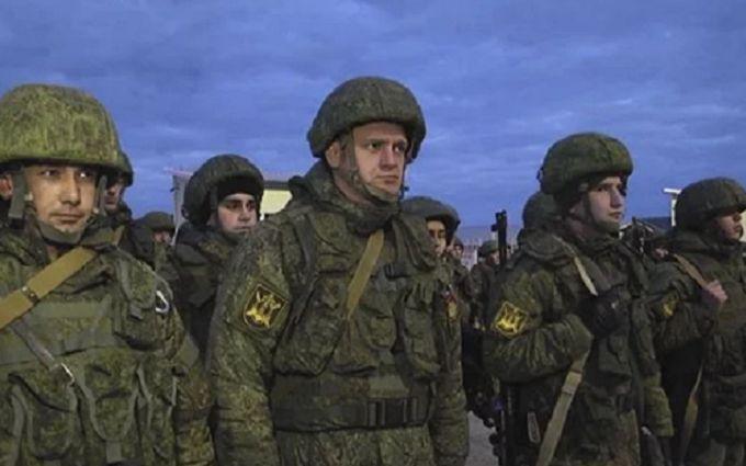 Россияне стянули в оккупированный Крым военных и спецтехнику: что случилось