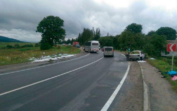 У двох страшних ДТП на Львівщині загинули чотири людини: з'явилися фото