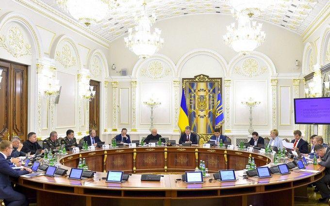 Розширення списку санкцій проти Росії: Порошенко розповів подробиці