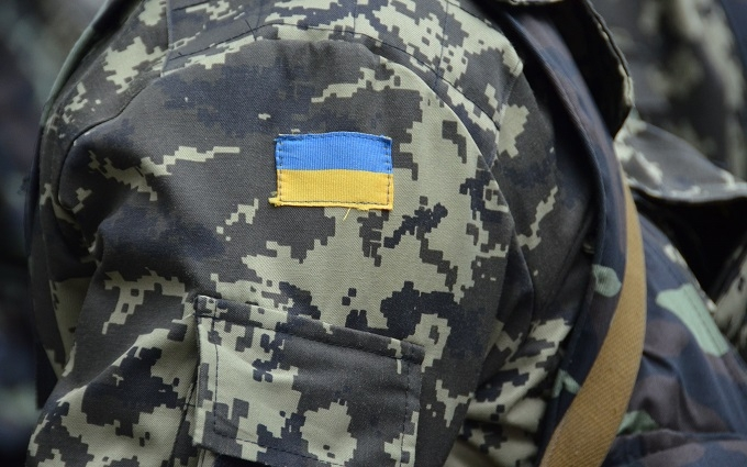Поліція розшукує озброєного бійця АТО, що втік з частини: опубліковане фото