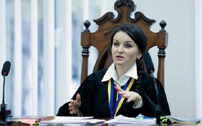 Порошенко виніс рішення щодо скандальної судді