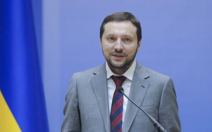 Министр информполитики Стець подал в отставку по состоянию здоровья