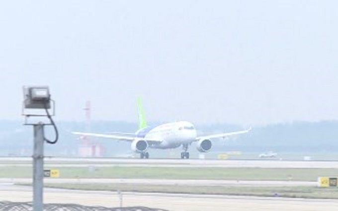 Крупнейший китайский авиалайнер совершил 1-ый испытательный полет