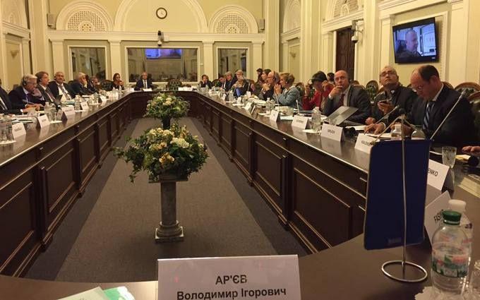 """Україна показала ПАРЄ """"обличчя"""" путінської пропаганди"""