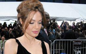 Анджеліна Джолі вразила незвичайним образом у новому фільмі - фото
