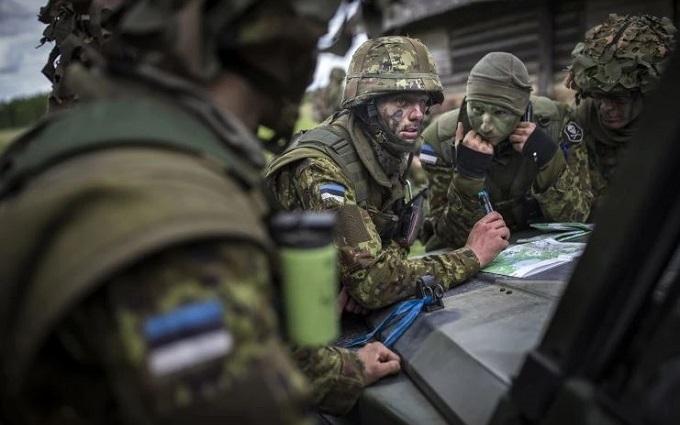Солдати НАТО біля кордонів Росії готуються воювати з Путіним: The Washington Post показала фото