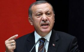 """""""Будет новый кризис"""": Эрдоган набросился на Трампа с громкими обвинениями"""
