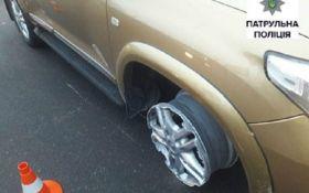 В Одессе водитель-неадекват убегал от копов без шины: появились видео и фото