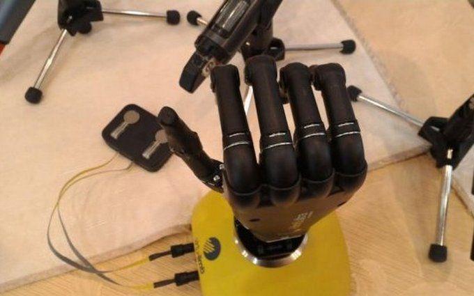 В Украине создали бионический протез руки: опубликовано видео