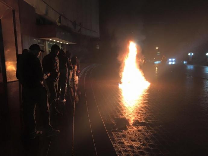 По Украине прокатились мощные акции за блокаду Донбасса: появились фото (2)