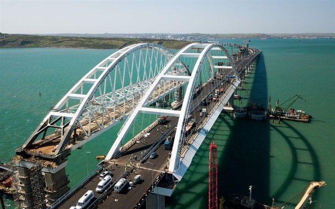 Массовое нарушение правил дорожного движения на Керченском мосту: известна причина