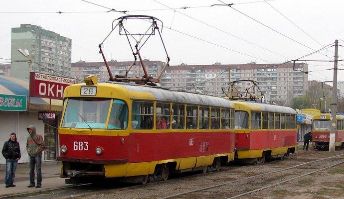 Из-за аварии остановились семь скоростных трамваев