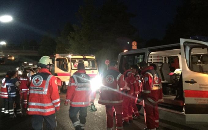 У Німеччині підліток з сокирою напав на пасажирів поїзда: з'явилися фото і подробиці