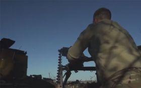 Бои на Донбассе: появилось новое видео с передовой