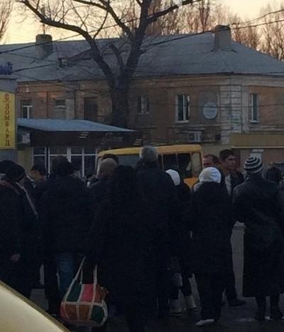 Взрыв маршрутки в Макеевке: появились новые фото (1)