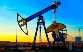 Стоимость нефти эталонных марок продолжает расти