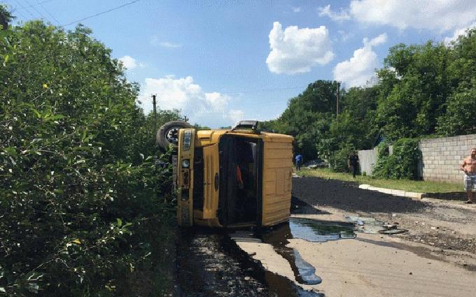 На Донбасі сталася смертельна ДТП з вантажівкою, загинула дитина: з'явилися фото