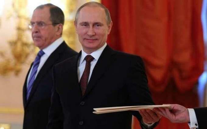 """У Путіна розповіли про """"бал неонацистів"""" в Україні і бомбардування Донбасу"""