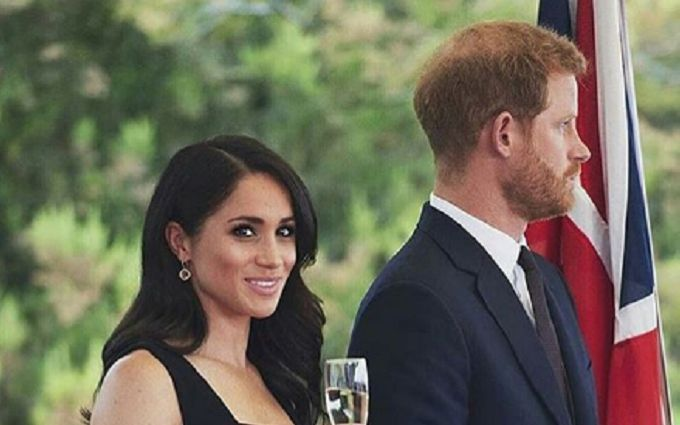 Официально: принц Гарри и Меган Маркл ждут первенца