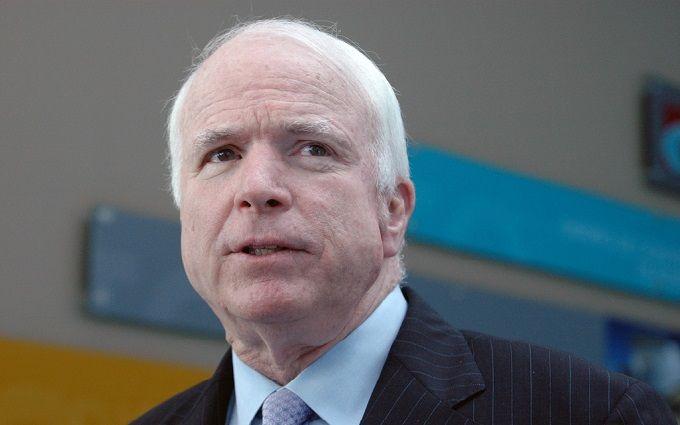 Он - враг: Маккейн дал Трампу несколько советов перед саммитом с Путиным