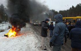 Зато пробок меньше: в сети с жаром обсуждают блокирование въездов в Киев