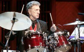У США помер легендарний барабанщик Елвіса Преслі