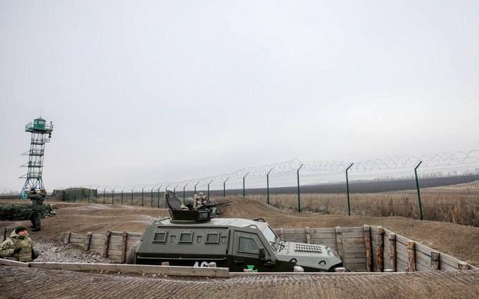 """Готова майже на половину: нові фото та відео """"Стіни"""" на кордоні з Росією"""